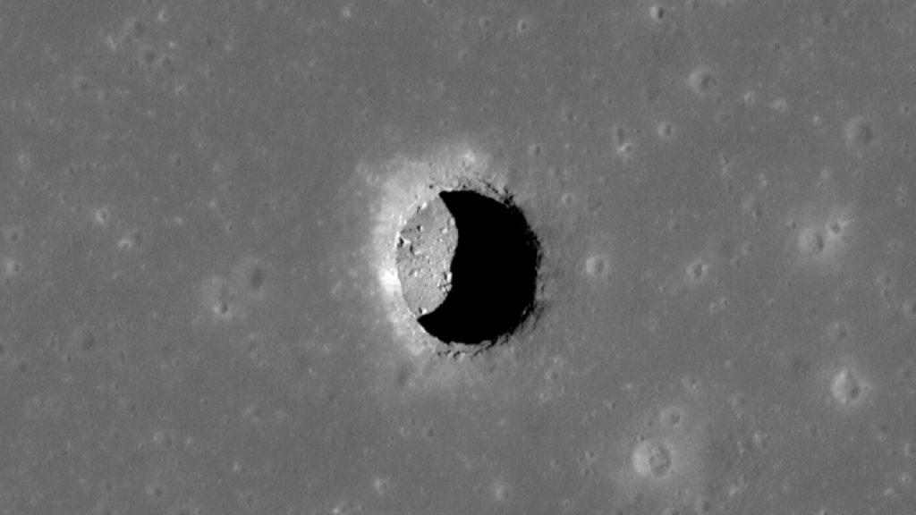 Moon-skylight